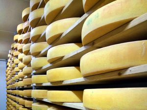 Wo kann ich zuschauen wie Käse gemacht wird?